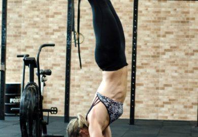 Jakie ćwiczenia wykonywać na wzmocnienie górnych partii ciała?
